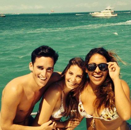 Tatiana Mattar e amigos